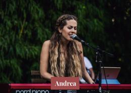 Andrea cantante para bodas